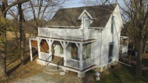 2016-cottage1